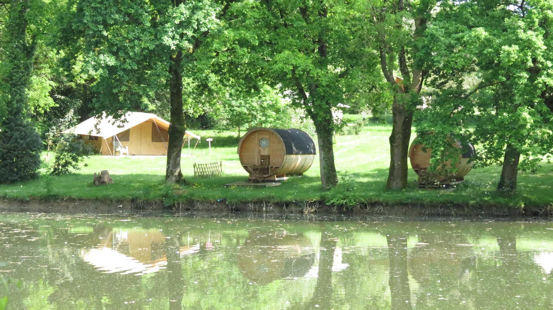 Camping Aire Naturelle l'Etang du Puy Saint-Mars-la-Réorthe